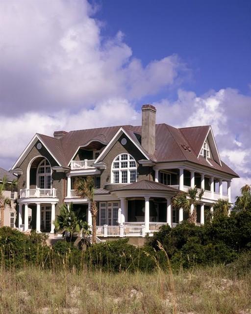 Sandfiddler Residence traditional-exterior