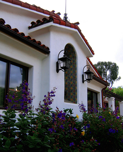 Santa barbara style spanish architectural details for Santa barbara style house plans