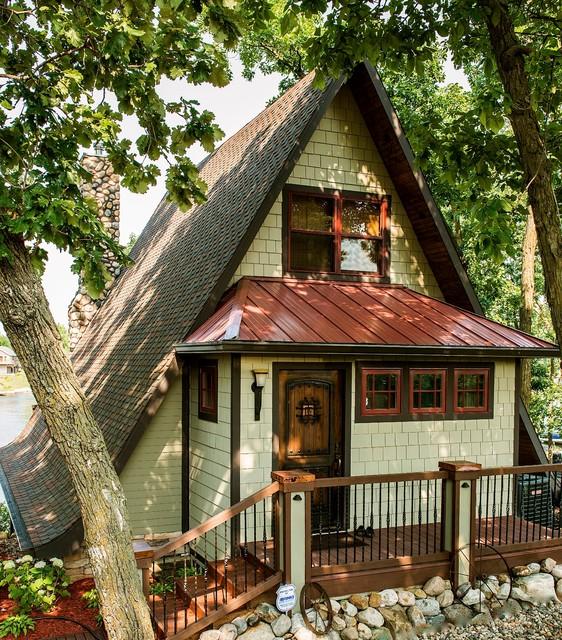 Scott's Lake House traditional-exterior