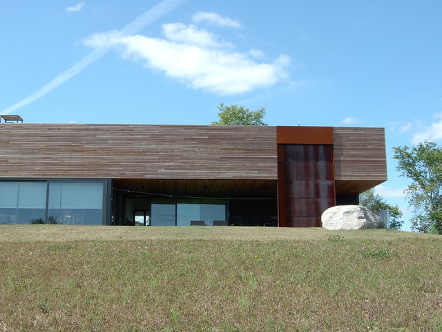 Scuppers Modern Exterior Toronto By Endeman S