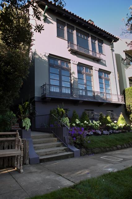 Sea Cliff Estate modern-exterior