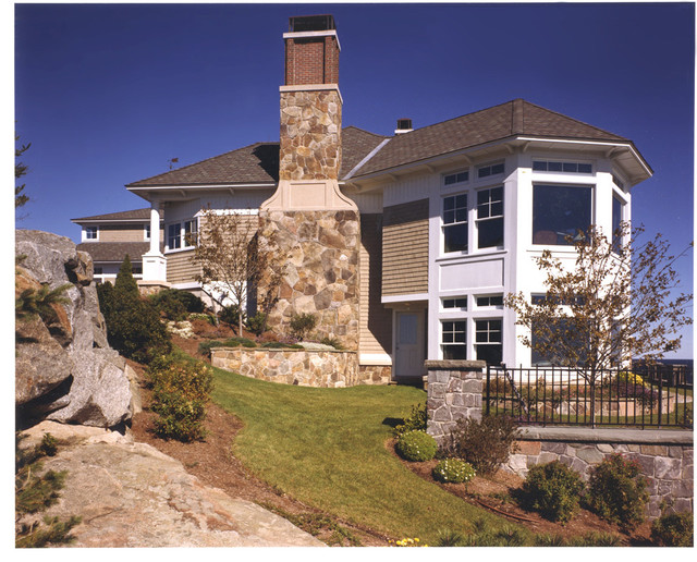 Seaside Estate with Lighthouse View traditional-exterior