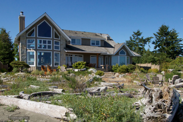 Seaside traditional-exterior