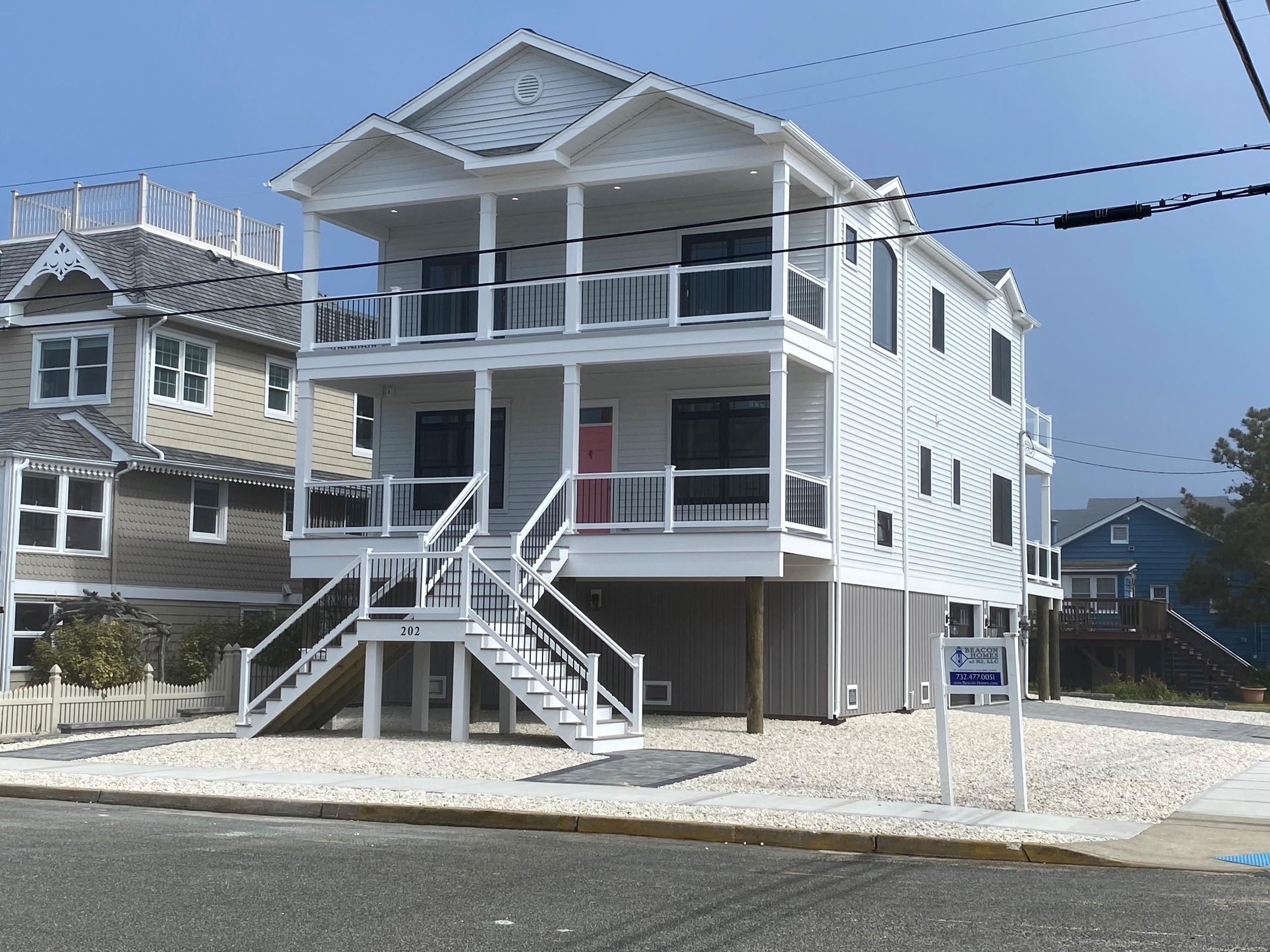 Seaside Park, 10th Ave, #202