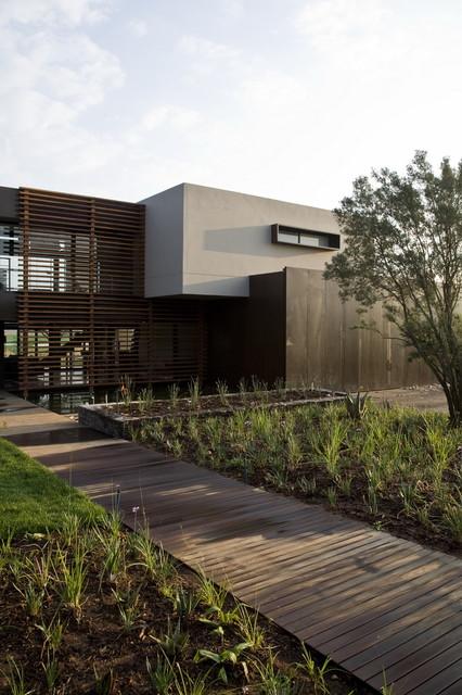 Serengeti House contemporary-exterior