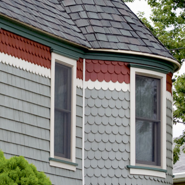 Shakes and Scallop Trim (in vinyl siding) - Midcentury - Exterior ...
