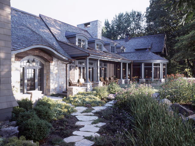 Shingle style beach house for Shingle style beach house plans