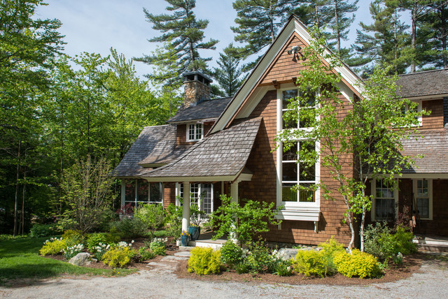 Shingle style cottage traditional exterior boston for Shingle style cottage