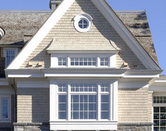 Shingle-Style Lake Home traditional-exterior