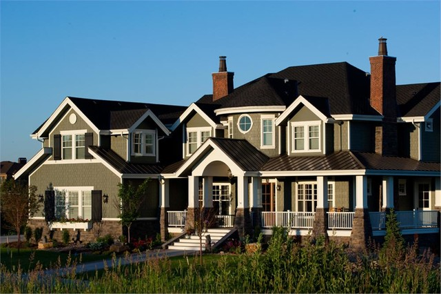 Shingle style new england home exterior traditional for Craftsman beach house