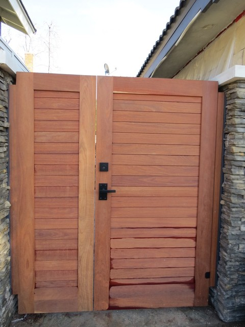 Side Yard Wooden Gate With Nero Contemporary Gate Latch And Deadbolt Contem