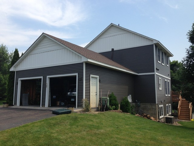 Siding remodel in wyoming mn traditional exterior for What is 1 square of vinyl siding