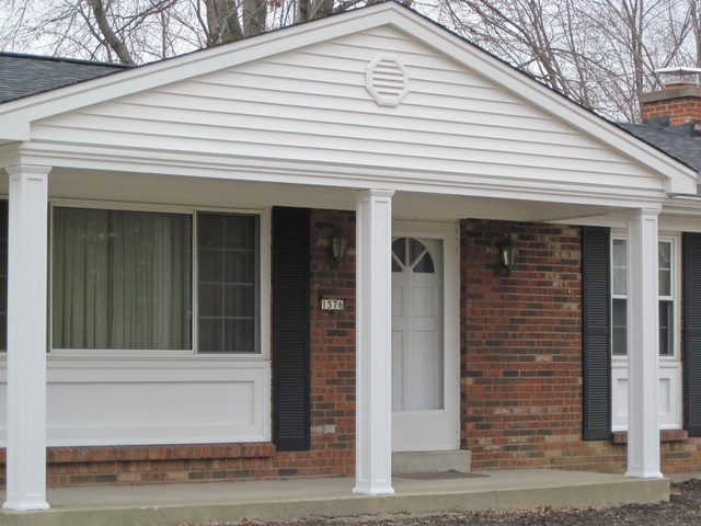 Siding soffit trim columns window panels traditional for Exterior siding design gallery