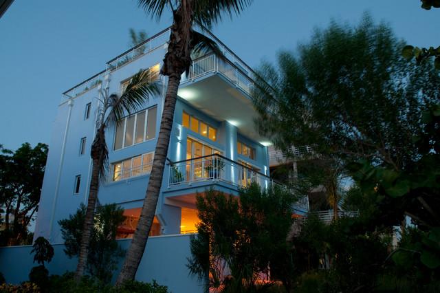 Siesta Key Beach Platinum LEED Vacation Home tropical-exterior