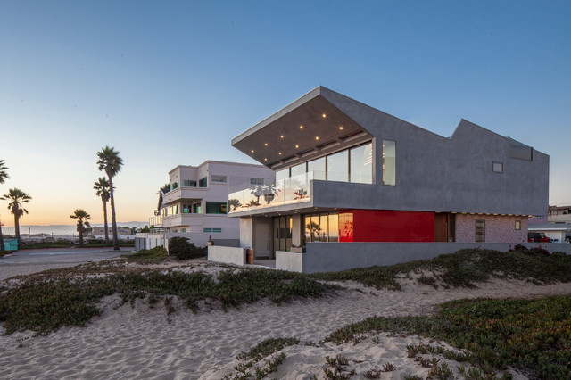 Silver strand beach house contemporary exterior los for Beach architecture design