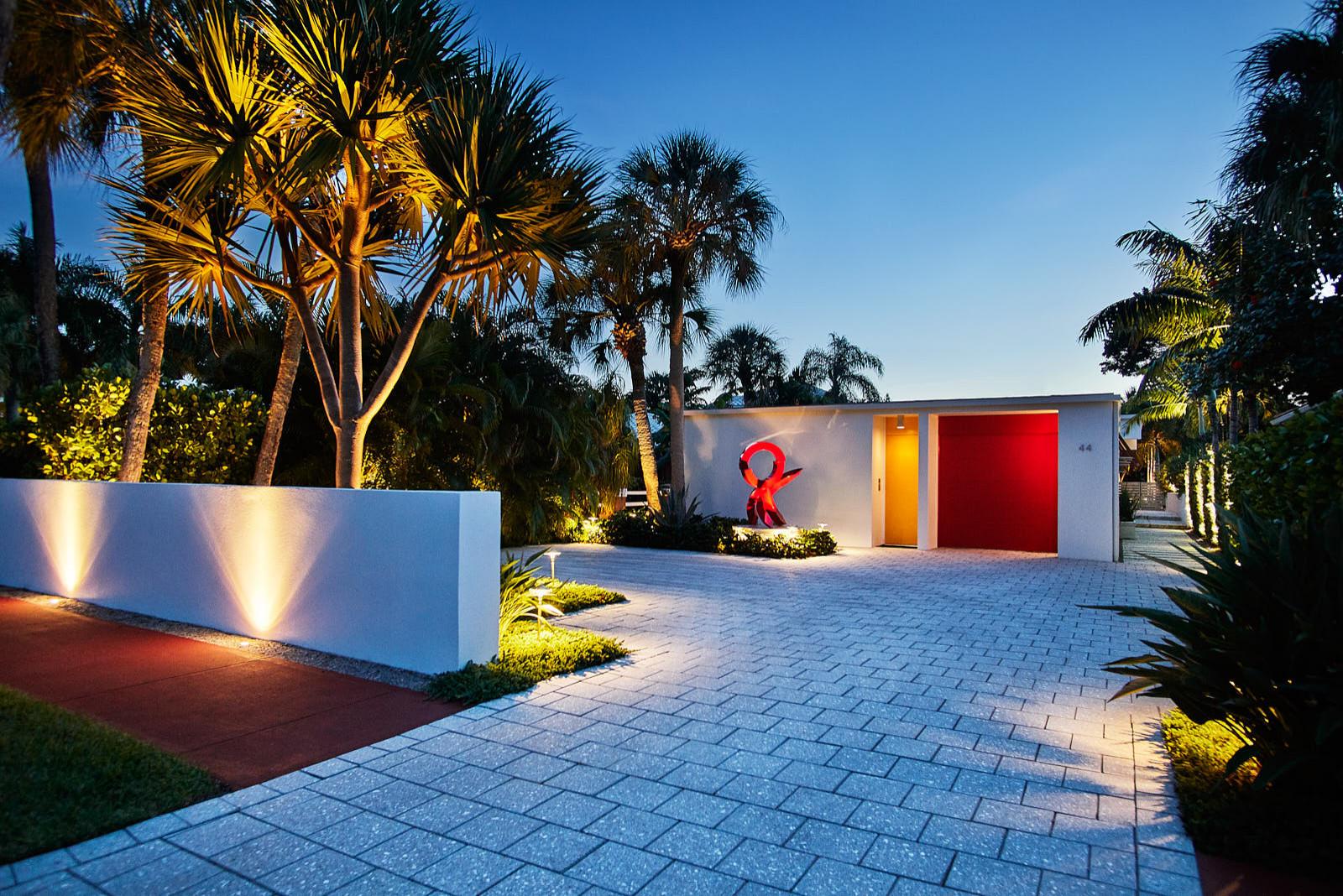 Simply Modern Oasis