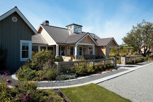 Skagit valley farmstead farmhouse exterior seattle for Dan nelson architect