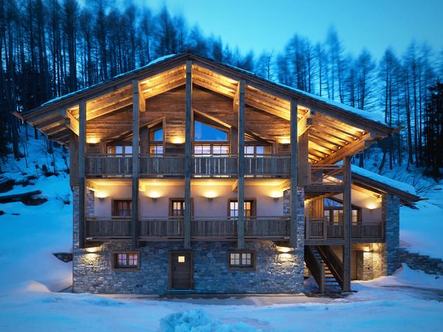 Ski chalet spluga pass italy in montagna facciata for Stampe di baite