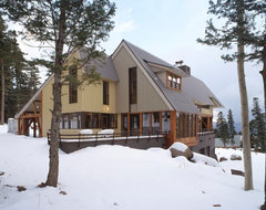 Ski House in Angelfire rustic-exterior