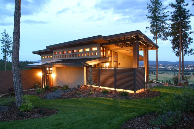 Sleek contemporary exterior seattle by sayler owens kerr design studio Sleek homes that are unapologetically modern