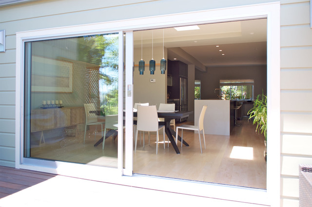 Sliding door modern exterior other metro by sven for Outside sliding glass doors