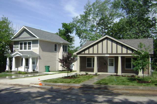 Small Starter Homes Traditional Exterior St Louis