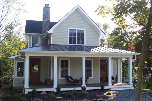 Smith farmhouse exterior dc metro by country for Small house design houzz