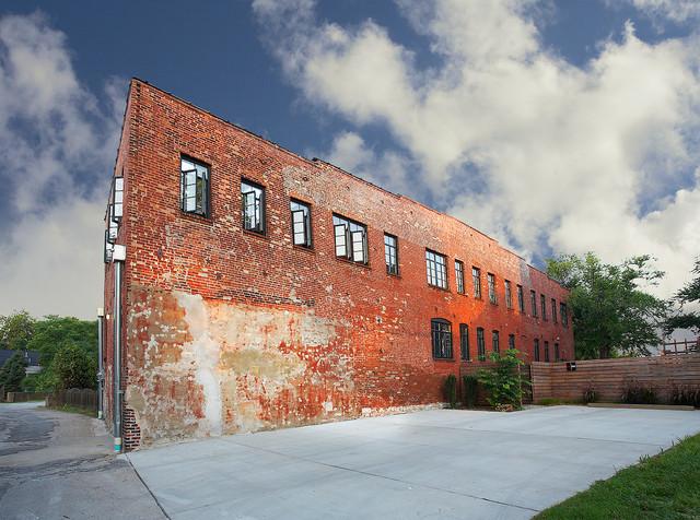 Etonnant Soulard Loft Apartment Industrial Exterior