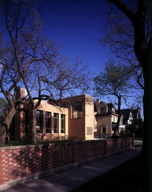 South Kenwood Residence modern-exterior