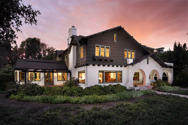 Southern california homes craftsman exterior los for Modern homes southern california