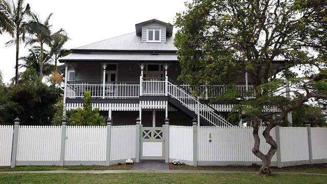 Southport restoration of heritage listed home for Queenslander exterior colour schemes