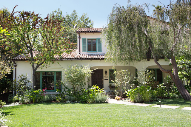 Spanish bohemian in south pasadena mediterranean for Spanish style homes for sale near me