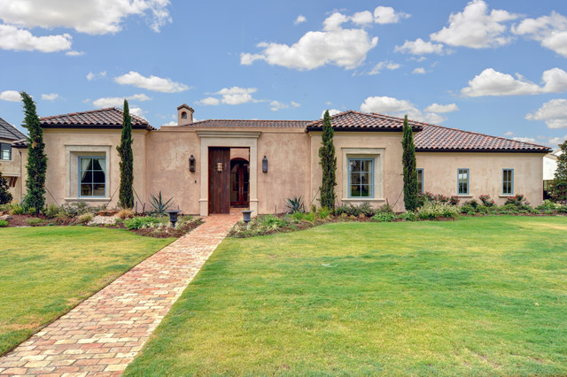 Spanish colonial mediterranean exterior dallas by for Modern colonial home exterior