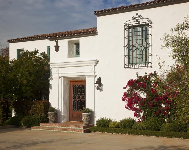 Spanish colonial mediterranean exterior santa for Spanish colonial exterior paint colors
