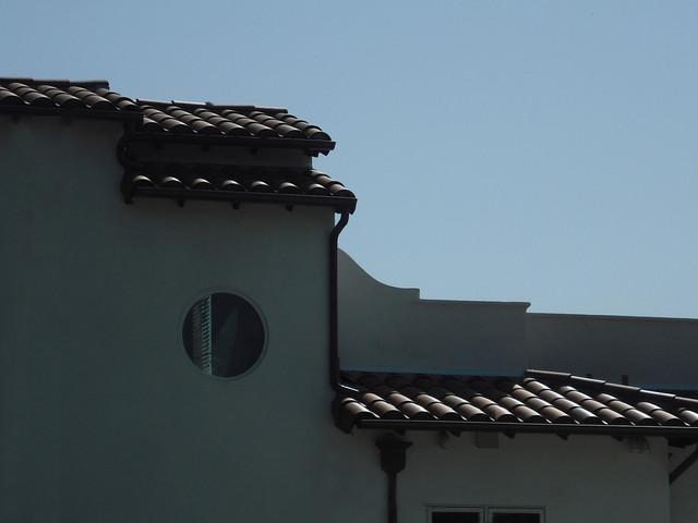 Spanish In Venice mediterranean-exterior