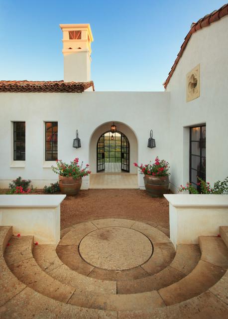 Spanish oaks entry - Modern mediterranean house exterior ...
