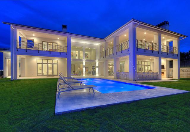 Spanish Oaks Residence Exterior contemporary-exterior