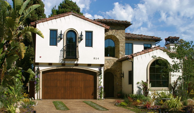 Spanish style home mediterranean exterior los for Mediterranean prefab homes
