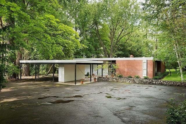 Spokane Midcentury - Mary Jean & Joel E. Ferris, II House midcentury-exterior