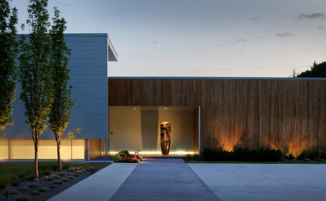 Contemporary Exterior By McKay Landscape Lighting