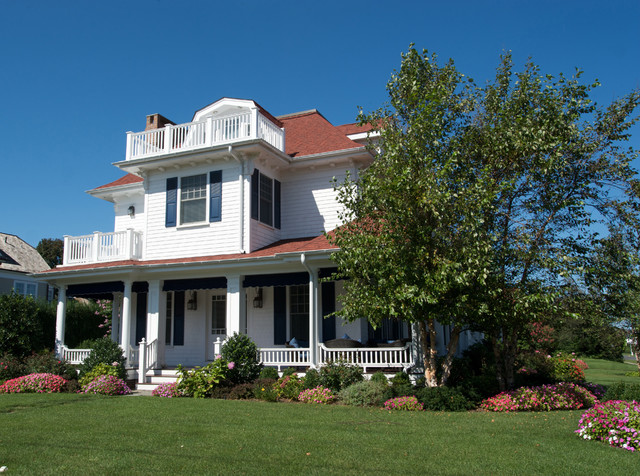 Spring Lake - 'Summer wind' traditional-exterior