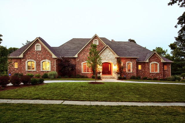 St louis mo custom ranch traditional exterior st for Home builders in missouri