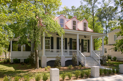 Hilton head island real estate enhancing your home 39 s curb for Lowcountry homes
