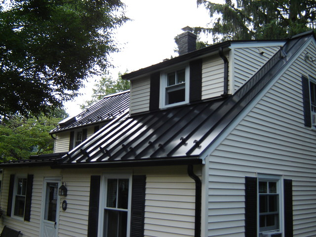 Standing Seam Metal Roofing Traditional Exterior