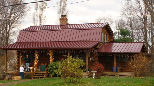 Great Standing Seam Metal Roofing In Burgandy Traditional Exterior