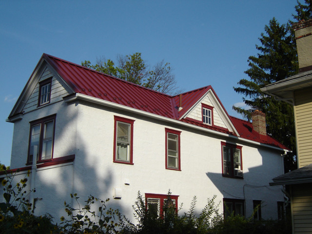 Standing Seam Metal Roofing In Colonial Red Traditional Exterior New York By Global Home