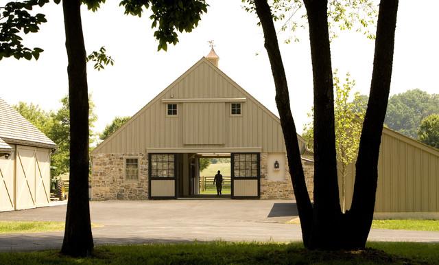 Starry Night Farm Barn Farmhouse Exterior