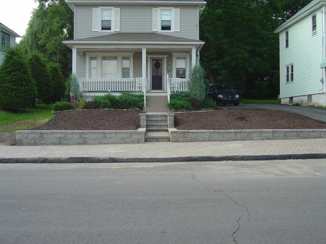 Steps, Retaining Wall, & Sidewalk traditional-exterior