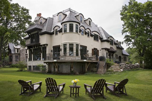 Lake Geneva Vacation House traditional-exterior