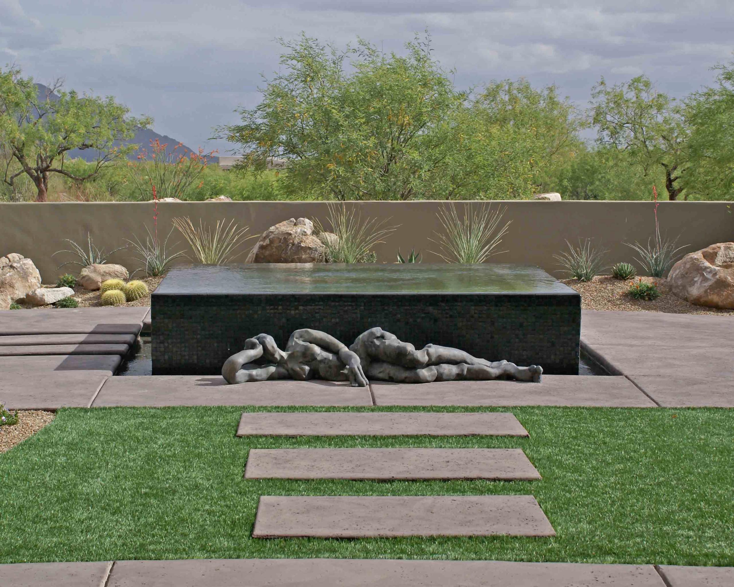 Stone Canyon Contemporary Outdoor Living